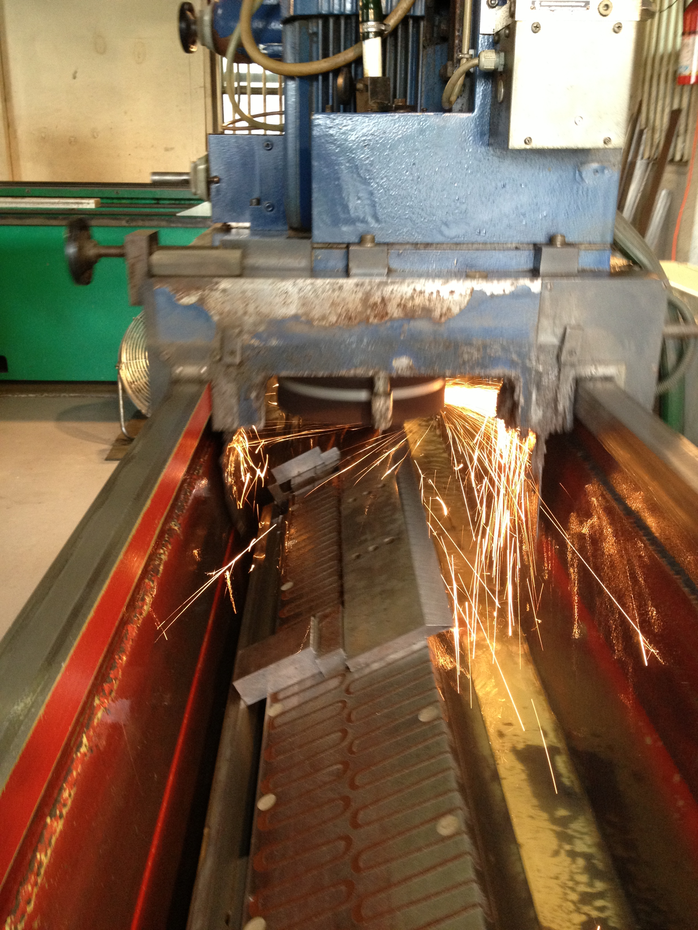 Blade Sharpening Services | Regrinding and Refinishing